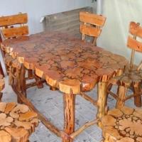 Стол и набор стульев