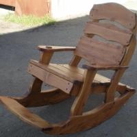 Кресло-качалка из черненного черева